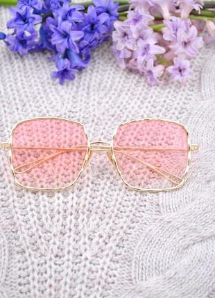 Красивые солнцезащитные большие  женские очки