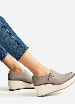 Туфли на платформе zara