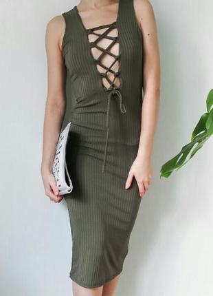 Трендовое платье с шнуровкой миди в рубчик, нарядное базовое длинное по фигуре