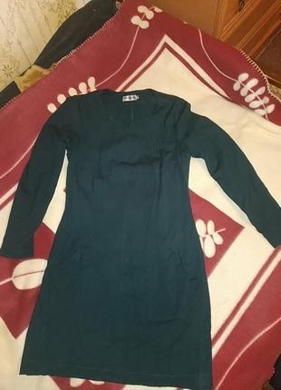 Красивое платье из плотного трикотажа petro soroka