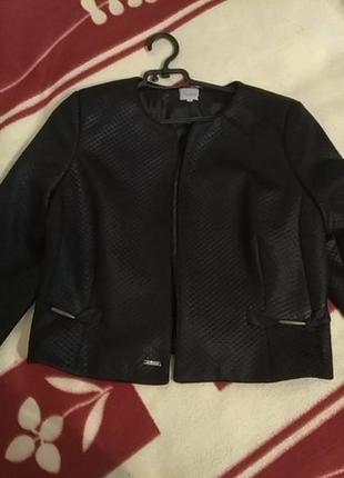 Пиджак без застёжек