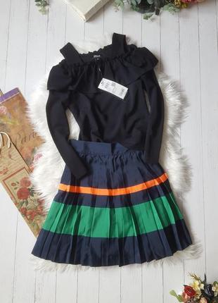 Стильная плессированная юбка