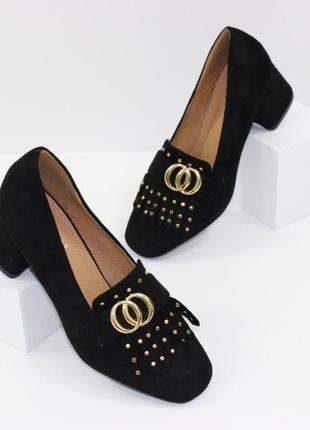 Замшевые женские черные туфли с бахромой на устойчивом каблуке польша1 фото