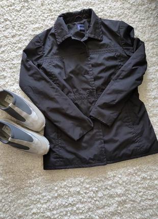 Курточка пиджак,ветровка.