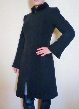 Berghaus зимнее  пальто с мехом