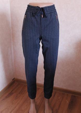 Крутейшие фирменные брюки, штаны, темно синиее, на резинке