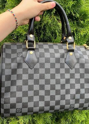 Модная стильная женская сумочка