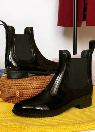 Обалденные лакированные ботинки челси