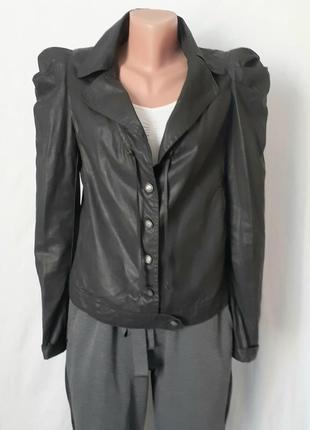Куртка-пиджак с пышными руавами разм с