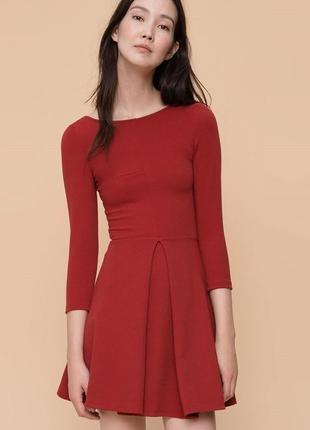 Красное платье pull&bear мини с красивой спинкой размер s m
