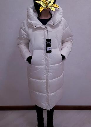 Трендовая куртка белая удлиненная