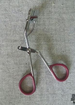 Щипцы для завивки ресниц