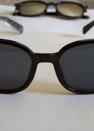 Прямоугольные классические солнцезащитные черные очки с черной дымчатой линзой7 фото
