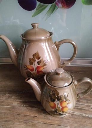 Керамические чайники. домашние и уютные...