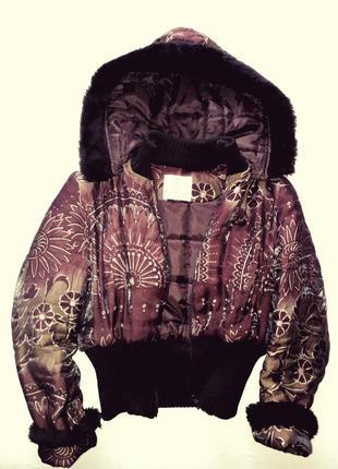 Коротка перламутрова молодіжна курточка favori