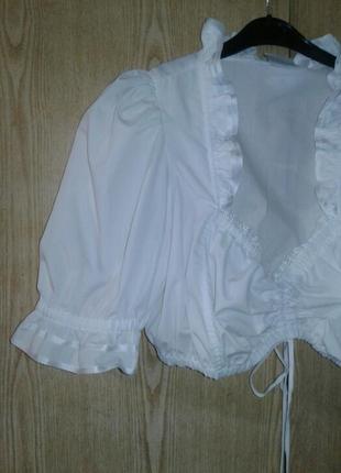 Белая укороченная блузка, баварская национальная блузка, м-l.5 фото