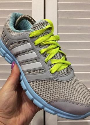 Кроссовки для бега женские adidas breeze
