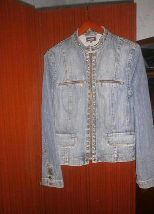 Классная джинсовая куртка.сост.идеал.