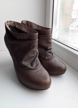Ботинки кожа aldo