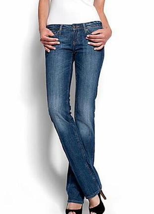 Классические прямые джинсы casual