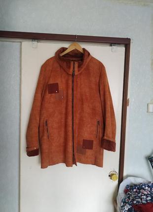 Курточка меховая 54 размер
