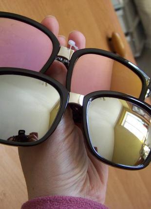 Квадратные классические солнцезащитные черные очки с зеркальной серебряной линзой