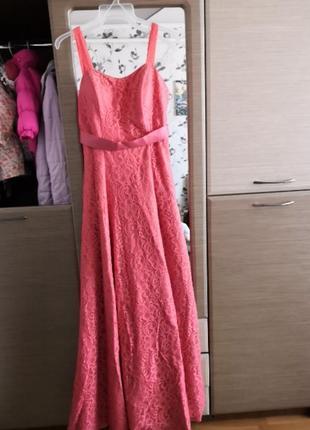 Вечернее платье в пол на корсете красивое. 42 размер