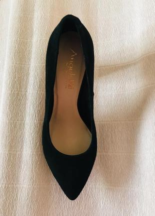 Замшевые женские туфли на высоком каблуке