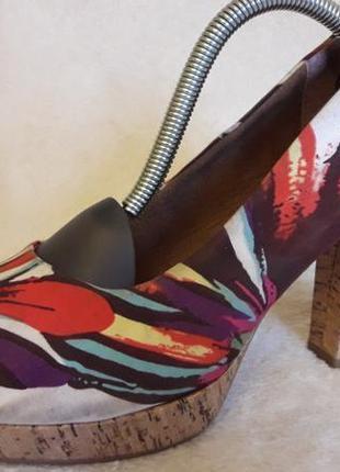 Яркие туфли лодочки фирмы tamaris ( германия) р. 38 стелька 24,5 см