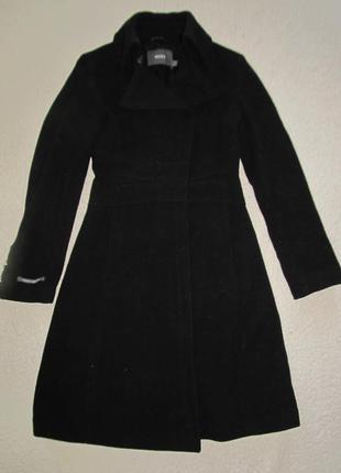 Шерстяное классическое пальто мехх