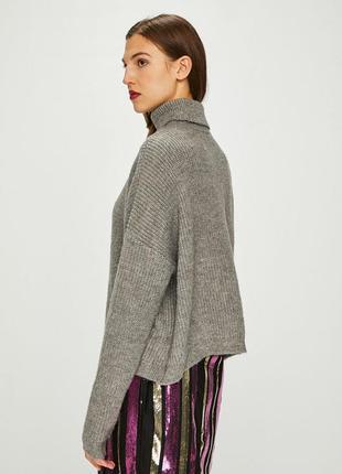 Как новый! серый актуальный базовый свитер оверсайз с шерстью в составе