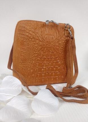 Модная рыженькая сумочка из натуральной кожи и замши.