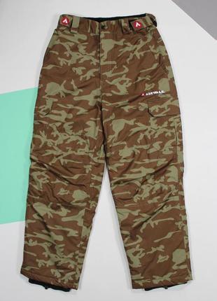 Четкие лыжные штаны в камуфляжном раскрасе от airwalk