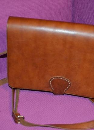 Кожаная сумка-почтальонка