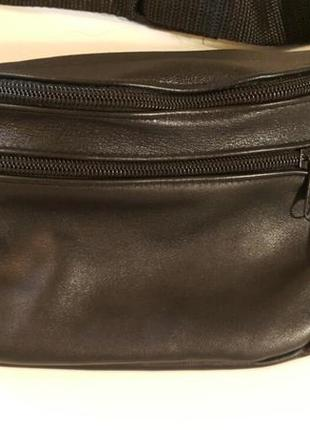 Объемная бананка из натуральной кожи сумка на пояс на плечо2 фото