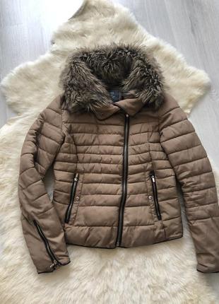 Курточка bershka