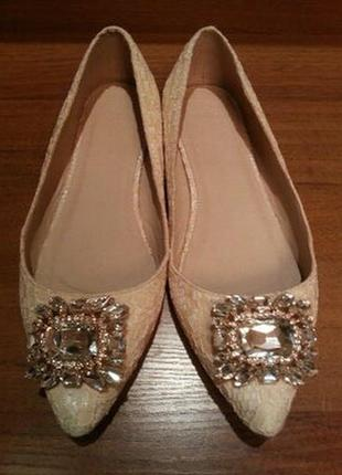 Балетки туфельки asos с украшением из камней