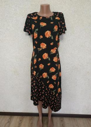 Стильное натуральное платье в цветочный принт