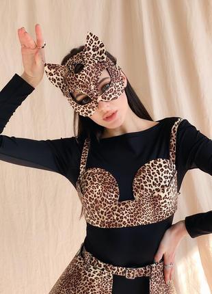 Леопардовая маска кошки