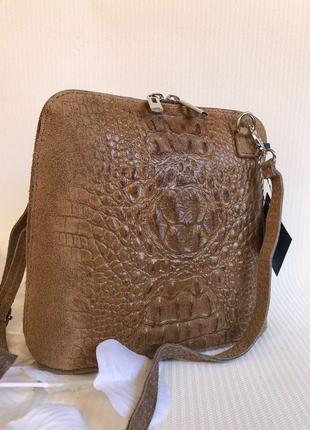Модная сумочка из натуральной кожи и замши