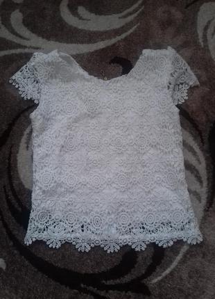 Кружевна блузка