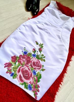 Платье белое вышито бисером вышиванка