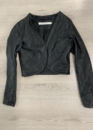 Укороченая курточка/ болеро кожа