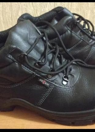 Мужские рабочие ботинки
