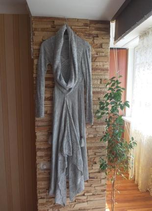 Платье вязанное  s, 40 размер, тянется, светло- серое