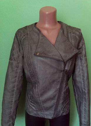 Актуальная куртка косуха кожзам