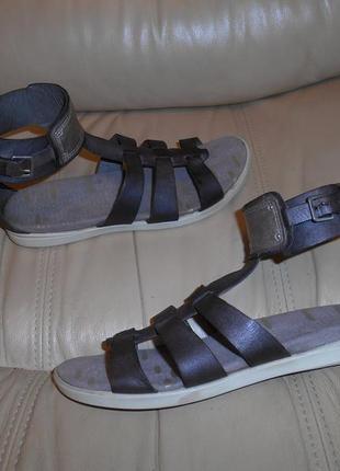 Босоножки сандалии женские ессо