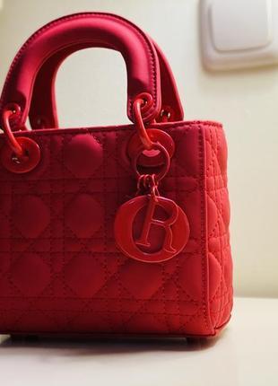 Женская красная сумка с натуральной кожи
