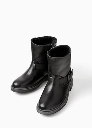 Зимние кожаные ботинки zara