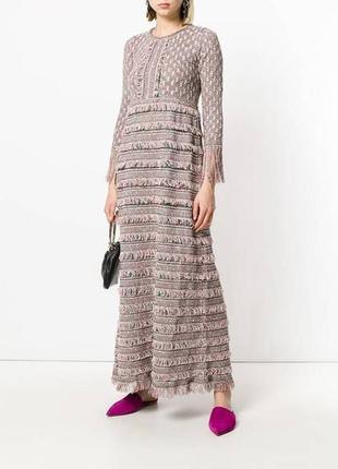 Стильное дизайнерское платье